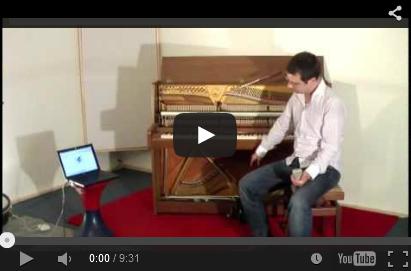 Handbuch. Wie wird ein Klavier gestimmt. Stimme selber ein Klavier. DIY.