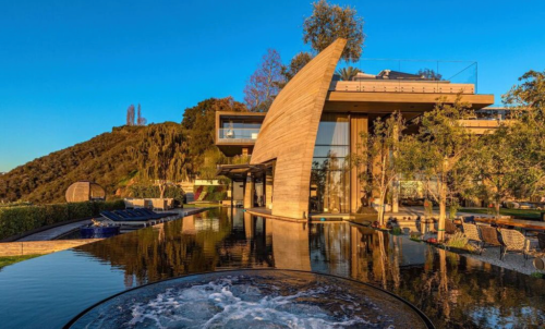 Mystery Crypto Billionaire Pays Record $83 Million for Pacific Palisades Mansion