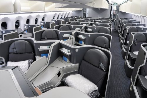 'Babysitting Adults': American Business Class Passenger Etiquette Put On Trial