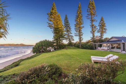 Luxury Byron Bay Airbnbs Now As Expensive As 'Dream Hollywood Villas'