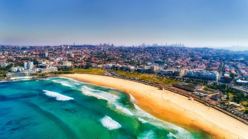 'Astonishingly Legal' Bondi Beach Party Proves Australia Really Is The Lucky Country