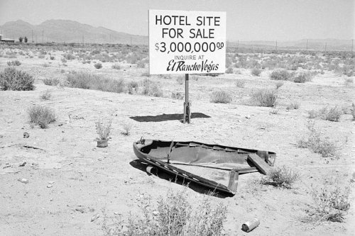'All Sand, No Sin': Incredible Photo Shows What Las Vegas Looked Like Back In The 50s