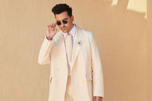 Dan Levy Rips Up The Men's Fashion Book At The SAG Awards
