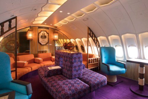Incredible 'Shagadelic' Airline Lounge Reveals Forgotten Era Of Luxury Air Travel