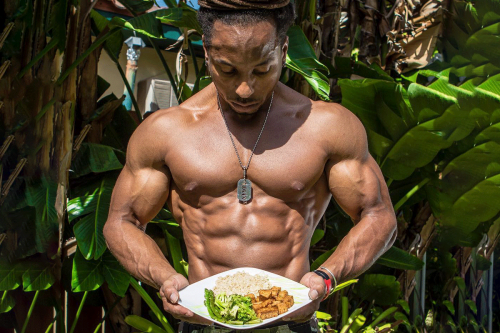 It's Still Possible To Get Ripped On A Plant Based Diet. Here's How