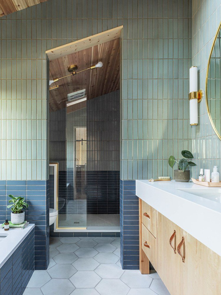 These Gold Tiles Cost a Cool $555 Per Square Foot—Luckily, There's a Workaround