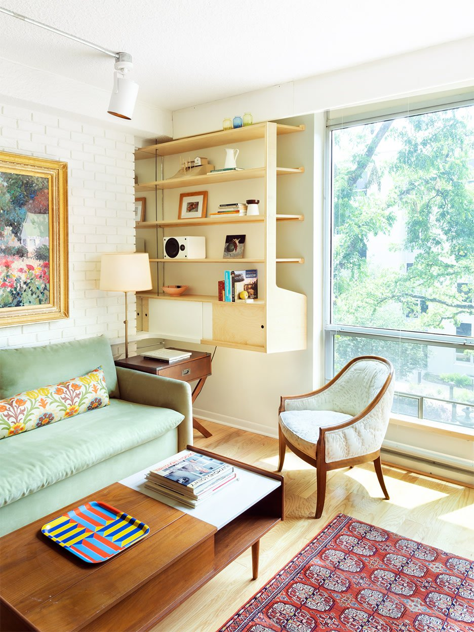 Ship Cabins Taught This Architect How to Maximize His 85-Year-Old Mom's Apartment