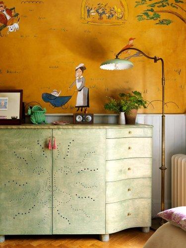 "Two Kids' Room ""Essentials"" London Designer Beata Heuman Thinks Parents Can Skip"