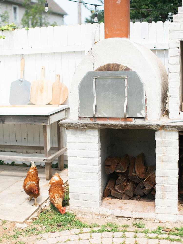 Why a Family Traded Their Grill for This Next-Level Outdoor Kitchen