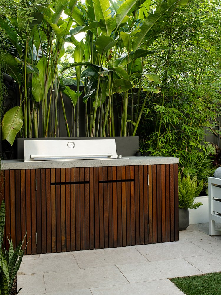 This New Outdoor Kitchen Ships in a Week—And Better Yet, Assembles in an Hour