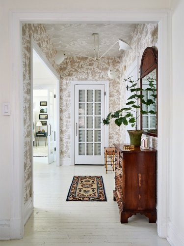 Keeping Your Home Germ-Free Starts With an Organized Entryway