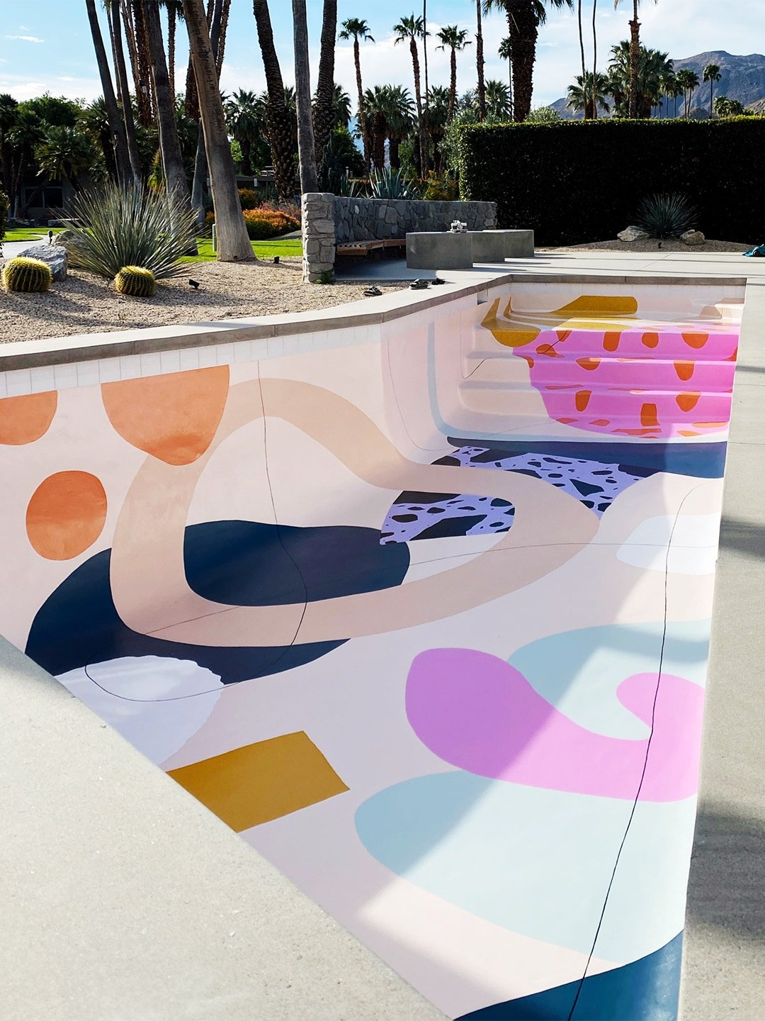 This Painted Pool Will Perk Up Your Day