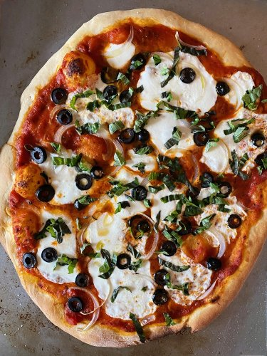Run Out of Things to Do With Your Kids? Make Homemade Pizza