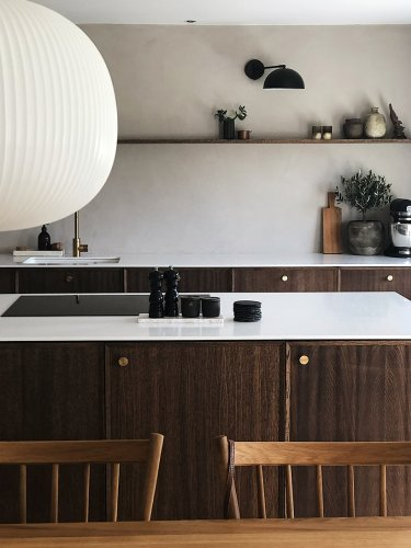 6 Brown Kitchen Cabinets That Channel Vintage Cool