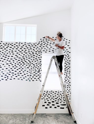 Painting Your Walls Freehand Is Incredibly Liberating