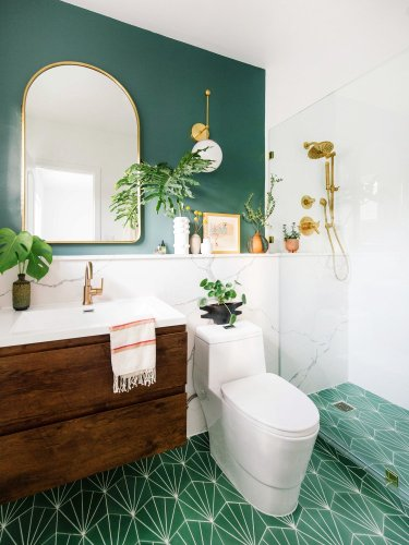 8 Bathroom Paint Colors That Will Inspire a Run to the Hardware Store