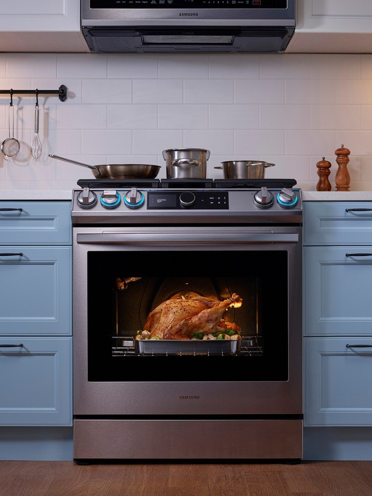 Samsung's Latest Range Frees Up Countertop Space in the Kitchen