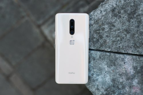 OnePlus's Android 11 Woes Continue Leading to Hotfix Update