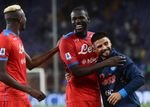 Napoli behält weiße Weste in Serie A