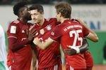 Bayern München schlägt in Unterzahl Greuther Fürth