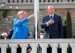 Merkel zum Abschiedstreffen mit Erdoğan in Istanbul empfangen