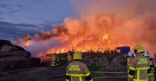 Footage shows Dublin Fire Brigade fighting massive barn fire in Kinsealy