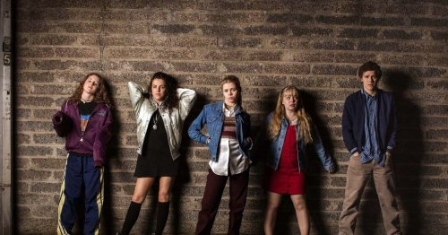 Seven things that would be insanely different if Derry Girls was set in Dublin