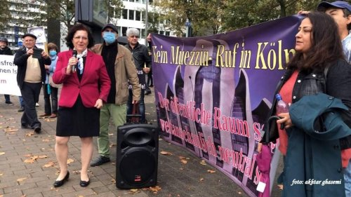 Köln: Muezzin-Ruf: Ex-Muslime mit Demo vor Kölner Moschee