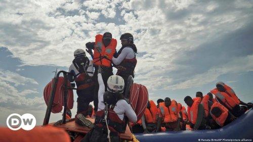 """""""Ärzte ohne Grenzen"""" schicken Hilfsschiff"""