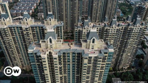 Unfinished Evergrande buildings stoke fear in China