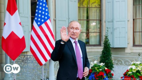 Opinion: Biden lifts Putin out of international isolation