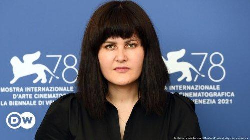 "Regisseurin Karimi: ""Den Taliban ist Kunst egal"""