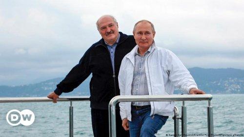 Vladimir Putin hosts Alexander Lukashenko amid wave of criticism from the West