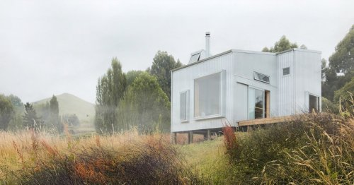 Articles about 8 decks spectacular views on Dwell.com