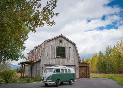 The Barn Modern Home in Wilson, Wyoming by Carney Logan Burke…