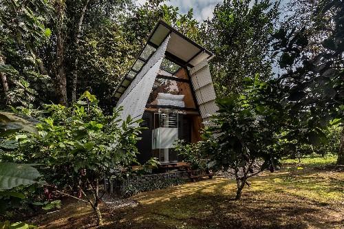 Huaira Cabin by Diana Salvador and Javier Mera