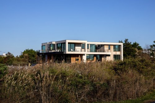 A New Eco-Friendly Home Emerges From a Tired Structure on Long Island's Wetlands