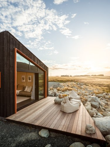 Photo 3 of 15 in To Design a Cabin in New Zealand, Its Architect…