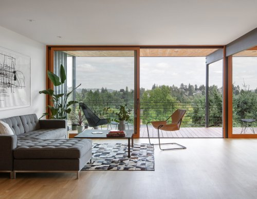 """9 Impressive """"Before & After"""" Remodels to 20th-Century Homes in Seattle"""