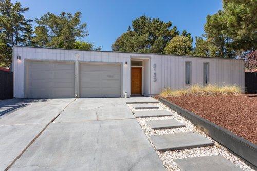 Sequoyah Hills Eichler Home by Claude Oakland