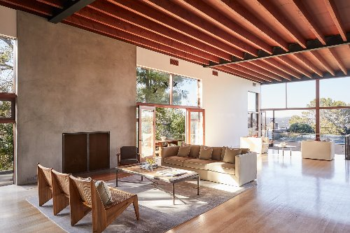 An Oscar-Winning Director's Striking Concrete-and-Glass Villa Offers a Tranquil Escape in L.A.