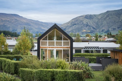 Kirimoko Tiny House by Condon Scott Architects