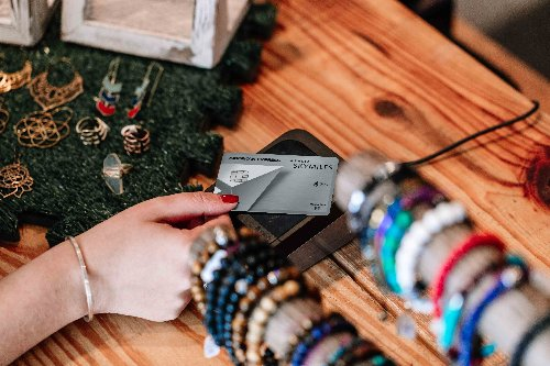 Delta and American Express Reveal Limited Time Offers for Co-Branded Cards