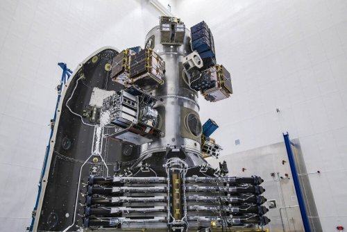 SpaceX lasers define next era of Starlink technology