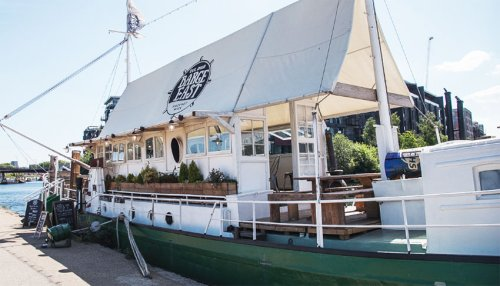 Hop Aboard These Boat Bars and Restaurants
