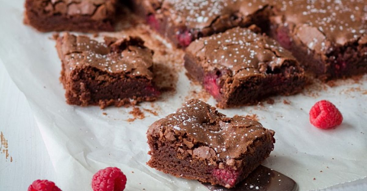 Saftige Himbeer-Brownies – so geht's