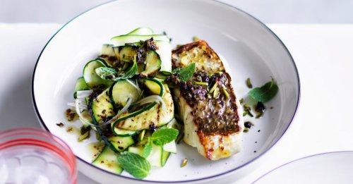 Gebratener Fisch mit Zucchini
