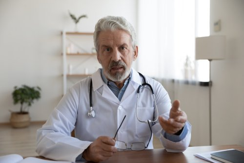I'm a Doctor and These are Signs You Have Dementia