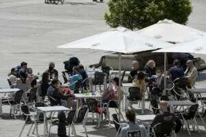 PCR obligatoria para acceder a bares y restaurantes de las siete ciudades gallegas