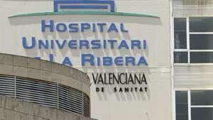La Conselleria de Sanidad reduce el sueldo a los sanitarios que pidieron la baja por covid en Alzira